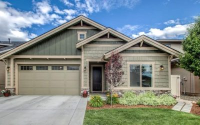 SINGLE LEVEL BEAUTY! 6438 N MYSTIC COVE PLACE, BOISE.