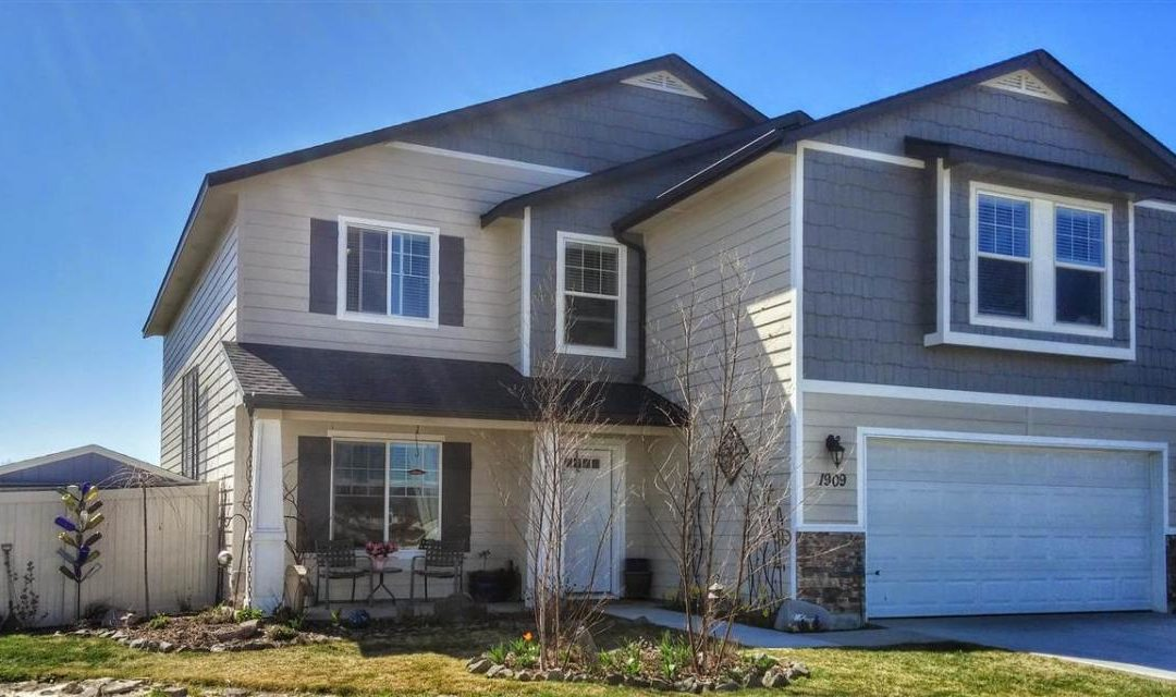 CUSTOM BUILT HOME FOR SALE. 1909 E MARSH CREEK, EMMETT